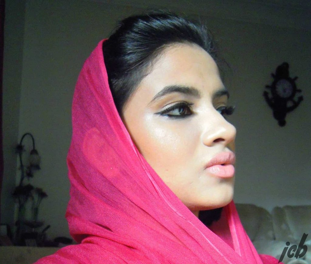 Masarrat Misbah Afghan Rose Lip Varnish Review and Swatches