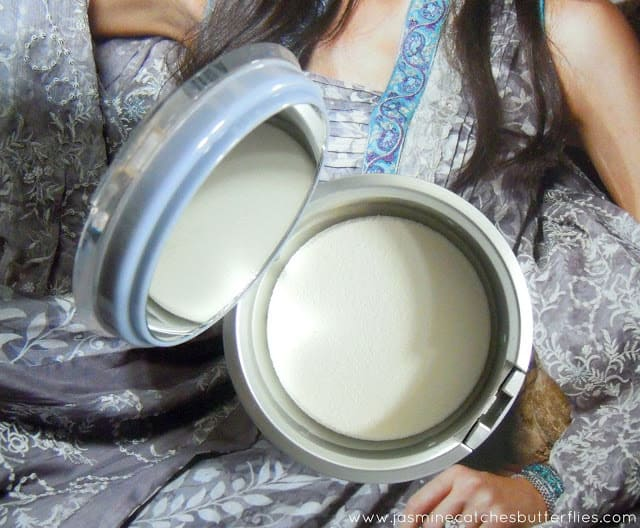 Jordana Perfect Pressed Powder Mirror and Puff