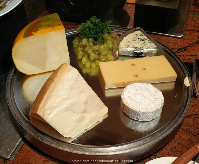 selection of cheese (käseauswahl)