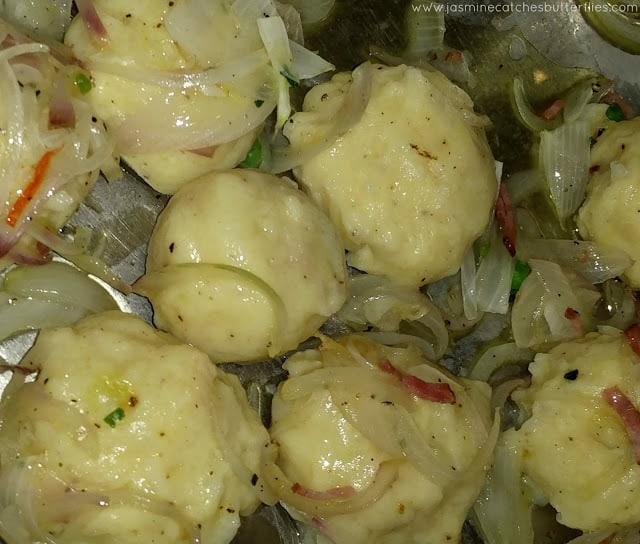 Potato Dumplings (Kartoffelkloesse)